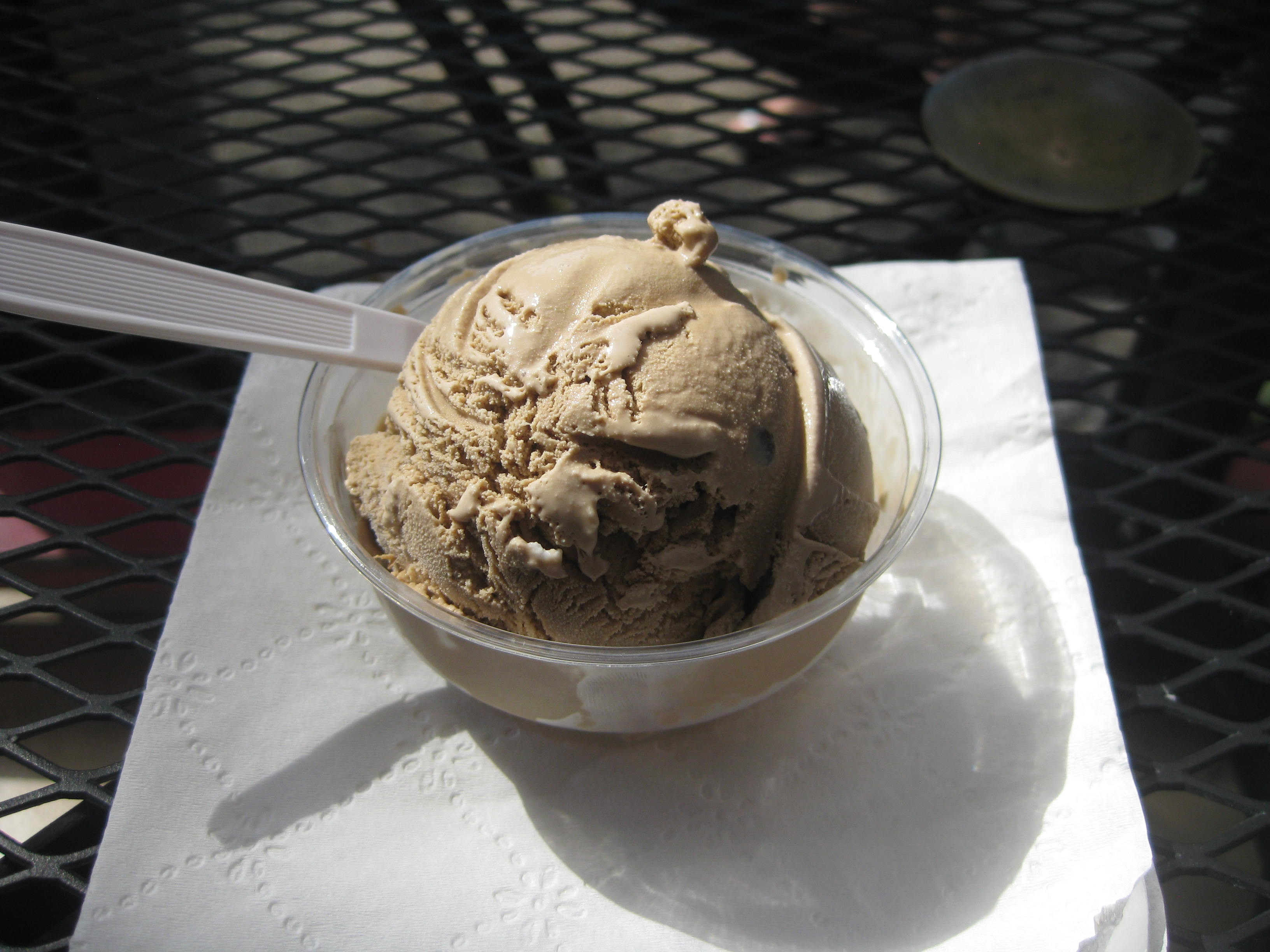 Coffee Macadamia Ice cream